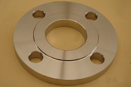 Steel plate flange with raise face