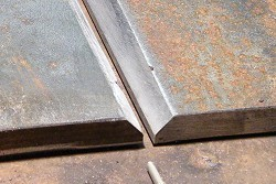 plate-with-v-groove-for-butt-welding